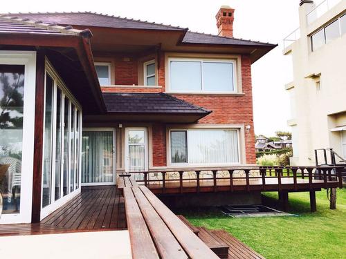 casa en alquiler zona norte con vista al mar