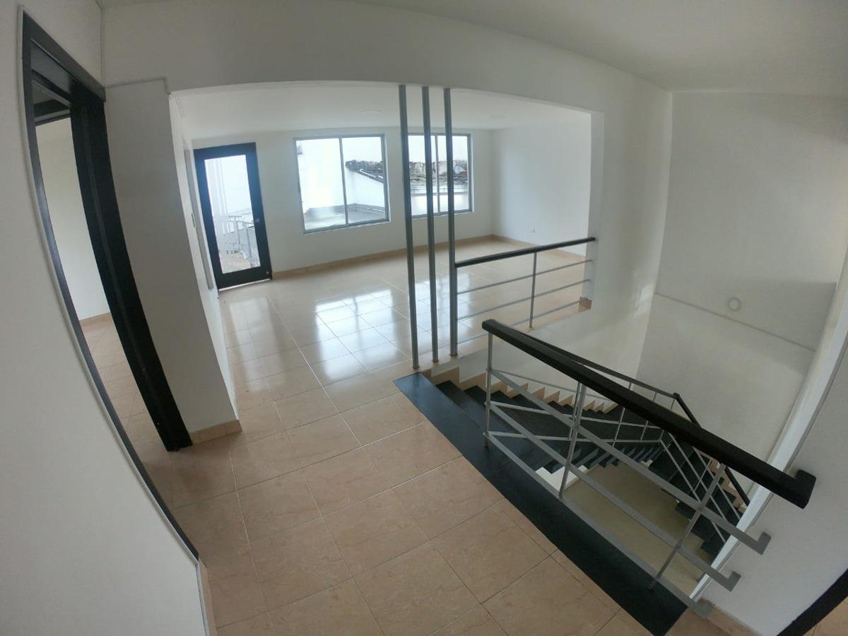 casa  en arrendamiento para empresa en los alpes