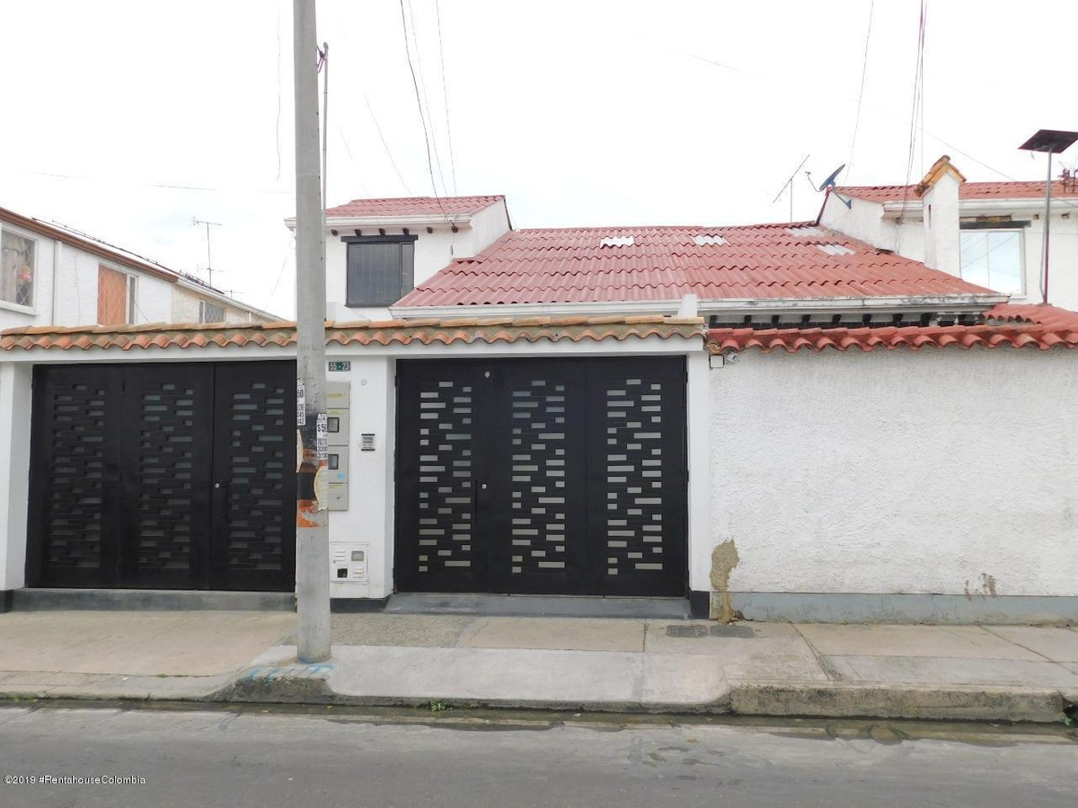 casa en arriendo en villa del prado mls 19-938