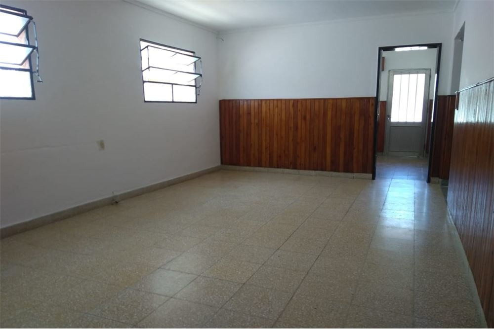 casa en avellaneda 7743 se vende