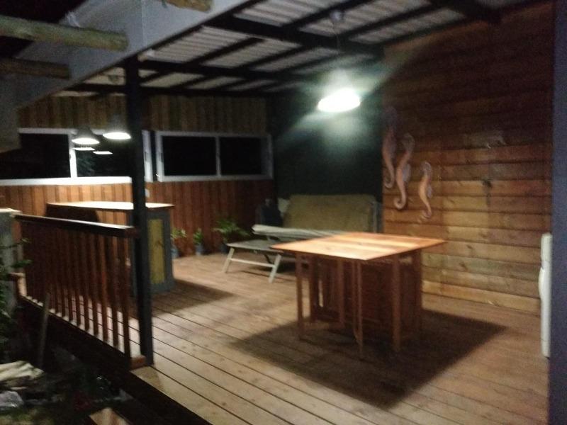 casa en balneario argentino con piscina.