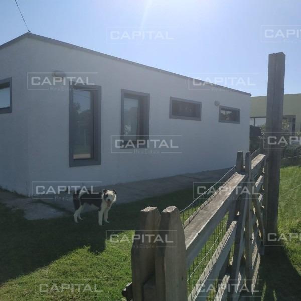 casa en balneario buenos aires, 2 dormitorios -ref:25628