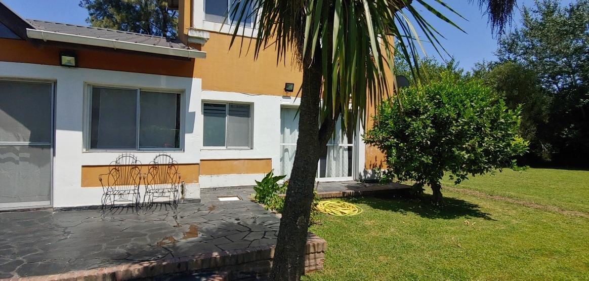 casa en barrio privado 5 amb 3 habitaciones