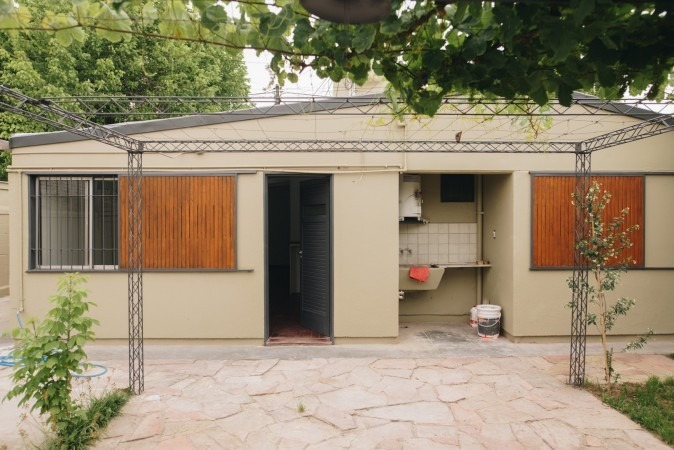 casa en barrio unimev - reformada - excelente ubicación