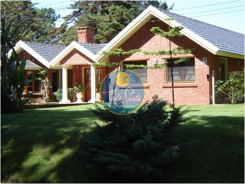 casa en beverly hills, 4 dormitorios *- ref: 4226