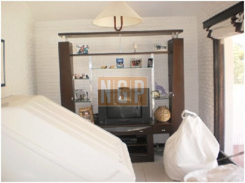 casa en bo. cordoba, 3 dormitorios *super oferta casa impecable !!!!!-ref:18894