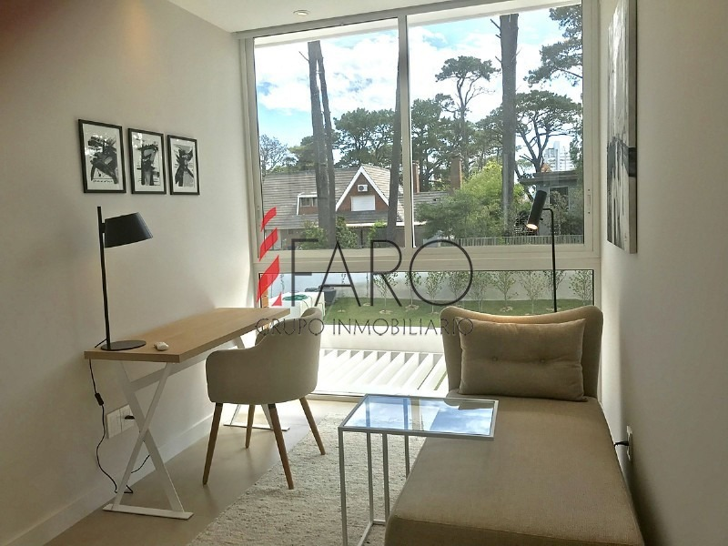 casa en boulevard park 4 dormitorios con piscina climatizada-ref:33445