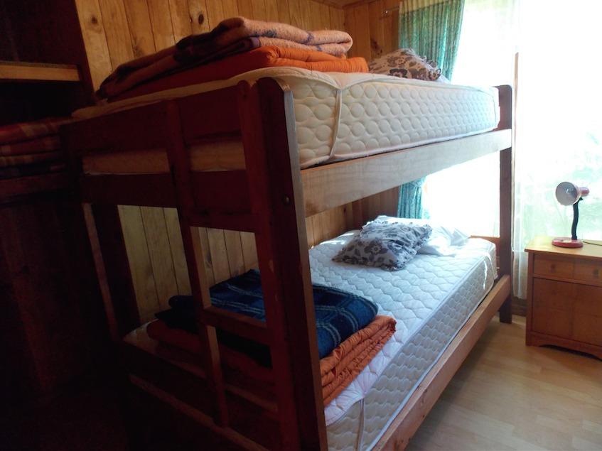 casa en caburgua equipada 12 personas, 4 dormitorios 2 baños