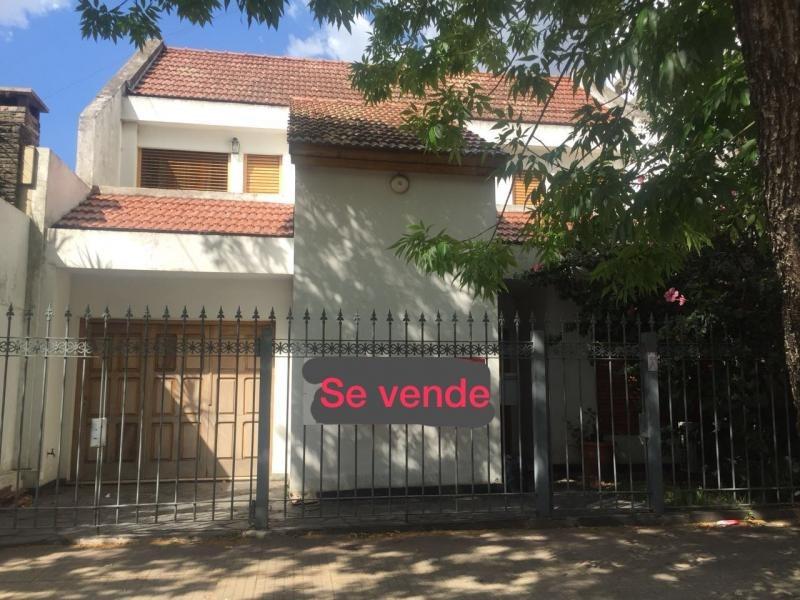 casa en calle 18 e/ 56 y 57
