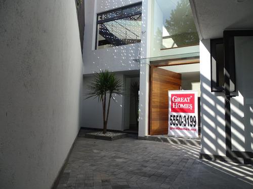 casa en calle cerrada con vigilancia en san angel