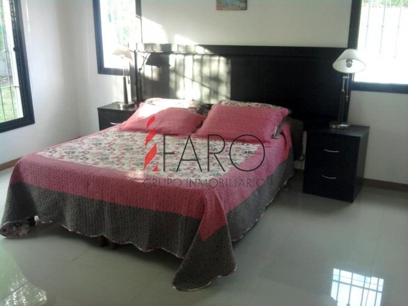 casa en cantegril 3 dormitorios y dependencia con piscina y barbacoa- ref: 36898