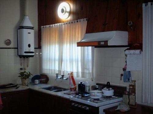 casa en carlos paz con 2100 mt2 de terreno a 12 cuadras del