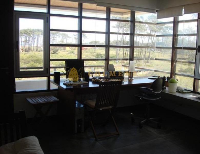 casa en chihuahua de 4 dormitorios con piscina y muy cerca del mar. consulte!!!!!-ref:2334