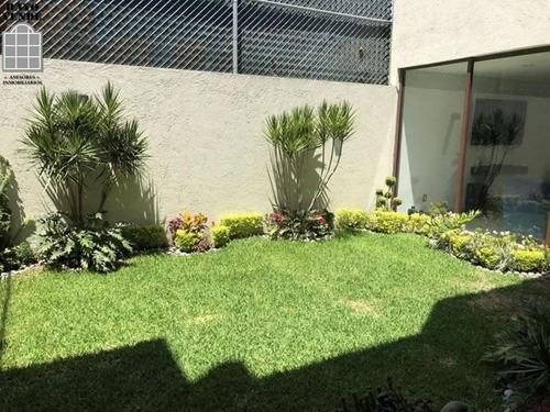 casa en condominio - barrio san lucas