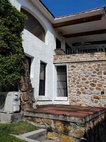casa en condominio en tequesquitengo / jojutla - cal-227-cd