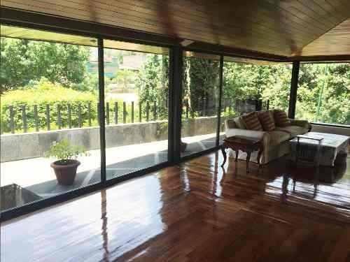 casa en condominio en venta / jardines en la montaña