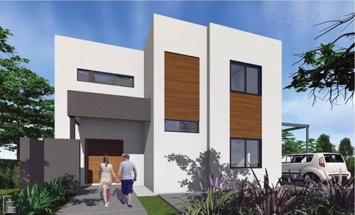 casa en construcción en puertos - araucarias