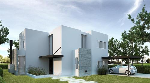 casa en construcción, excelente calidad