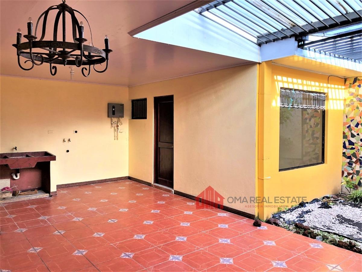 casa en coronado 4 dormitorios con jardín una planta