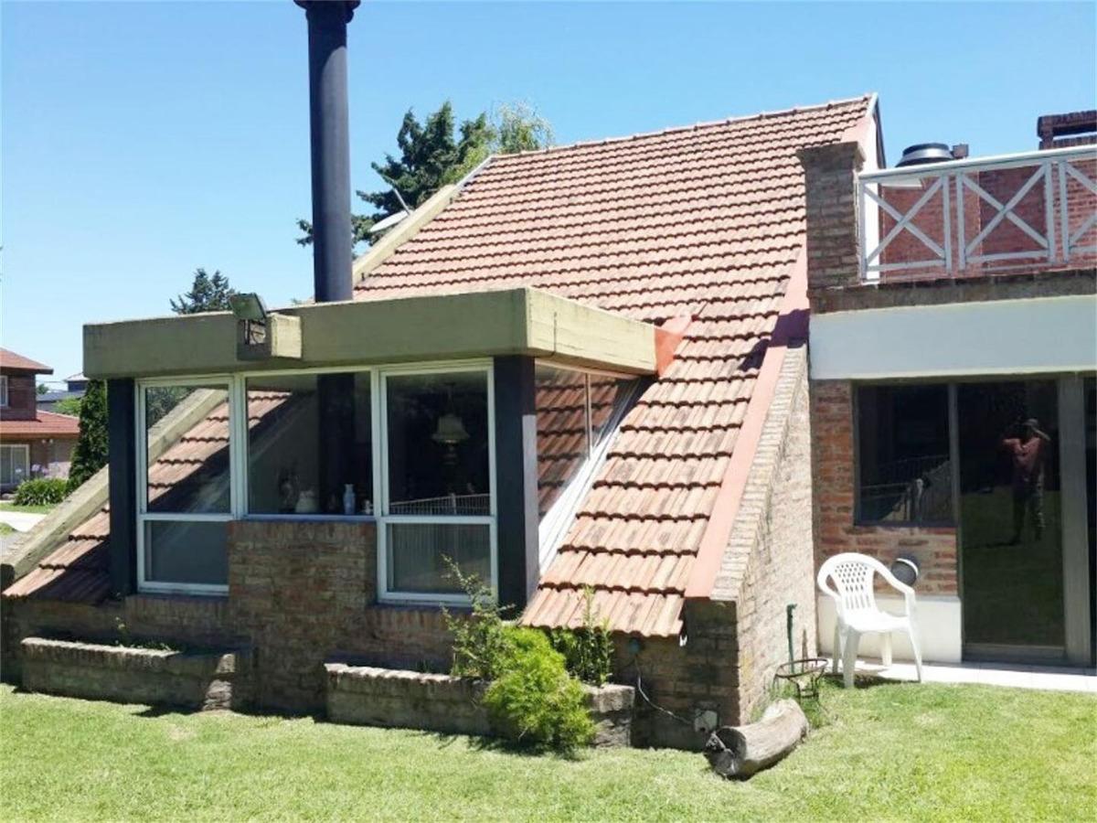 casa en country banco provincia!!! oportunidad!!!