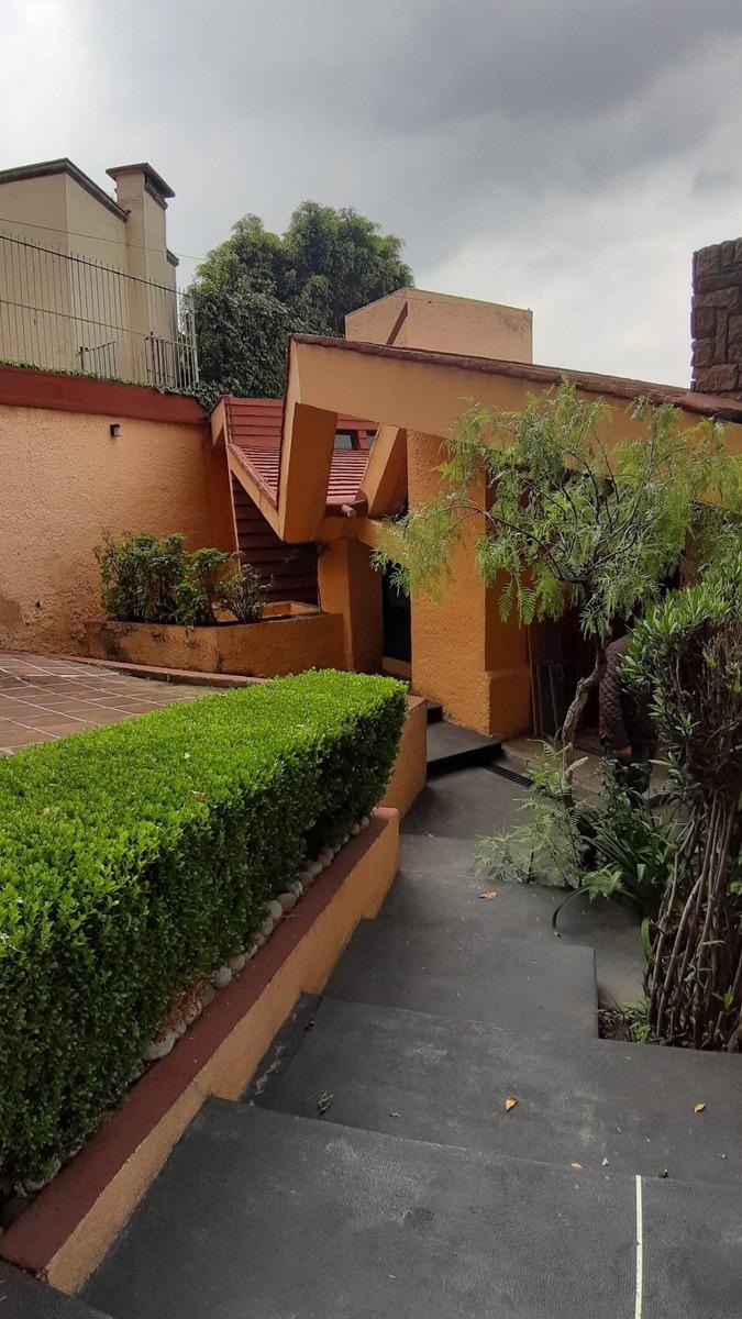 casa en desniveles con vista a lomas de chapultepec oriente