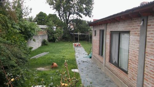 casa en dos plantas para dos familias amplio lote