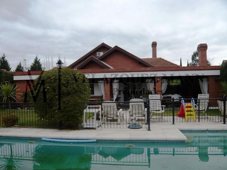 casa en echeverría del lago