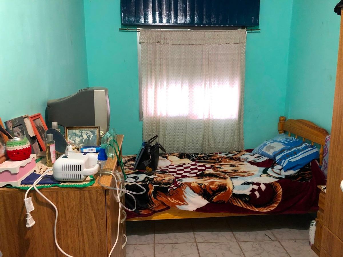 casa en el jaguel a metros de maximo paz!!