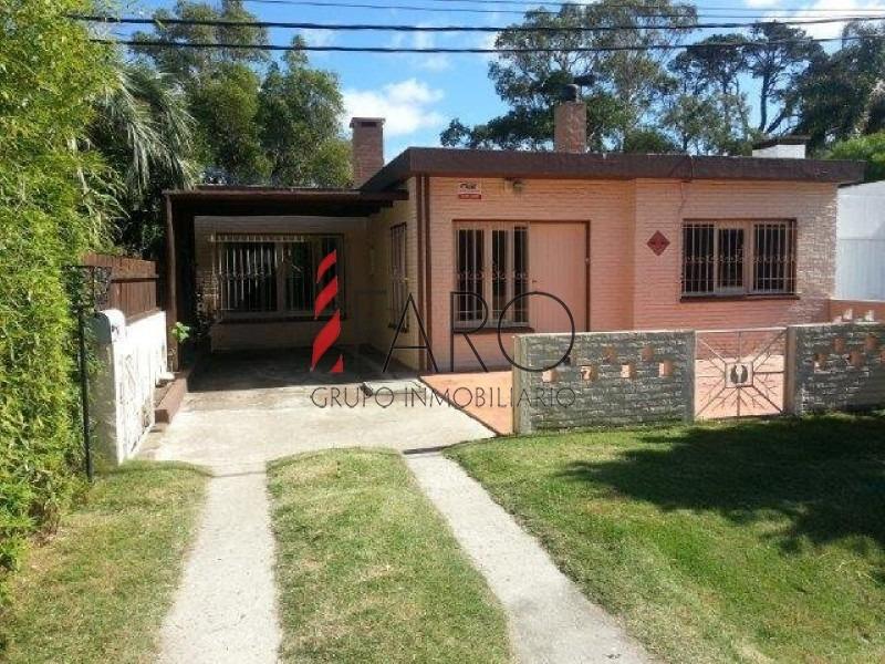 casa en el tesoro 2 dormitorios con parrillero-ref:35803