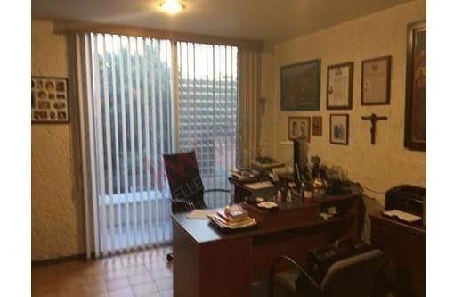 casa en en venta, en fraccionamiento con seguridad, colonia palmira, cuernavaca.