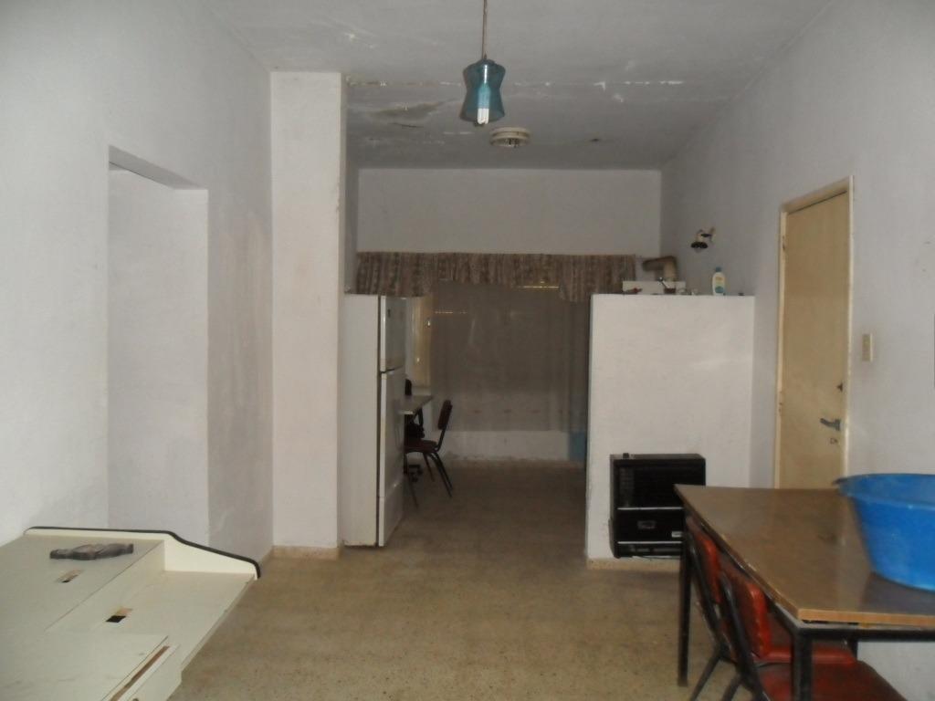 casa en esq. de calle 1 y 47 (cod. 1003)