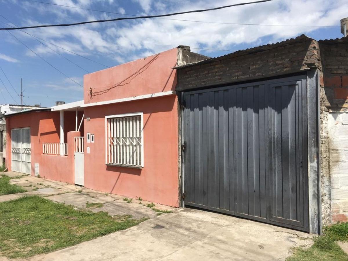 casa en esquina - barrio ludueña