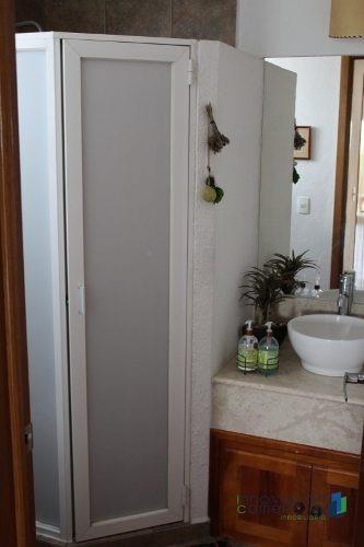 casa en esquina cada recamara con baño en san francisco juriquilla