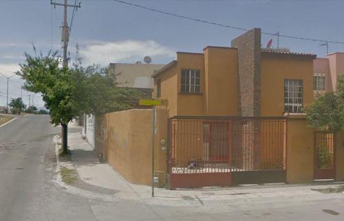 casa en esquina con excedente en portal de santa rosa, apodaca (30-cv-1305 sil)