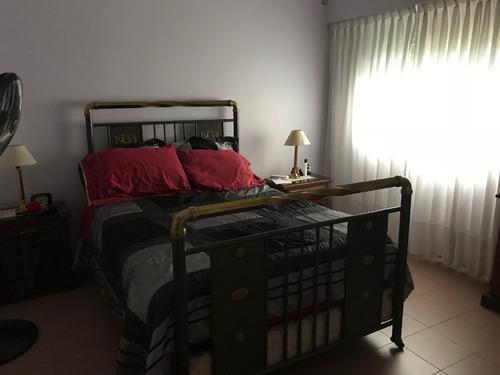 casa en excelente estado 3 dorm, gge y pileta. apta crédito