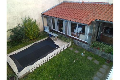 casa en excelente ubicación en olivos