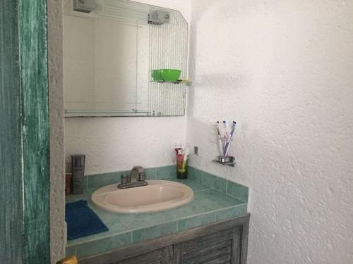 casa en fraccionamiento en poblado acapatzingo / cuernavaca - caen-321-fr