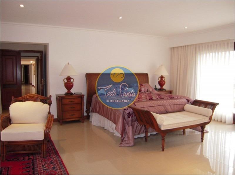 casa en golf, 6 dormitorios *- ref: 4357