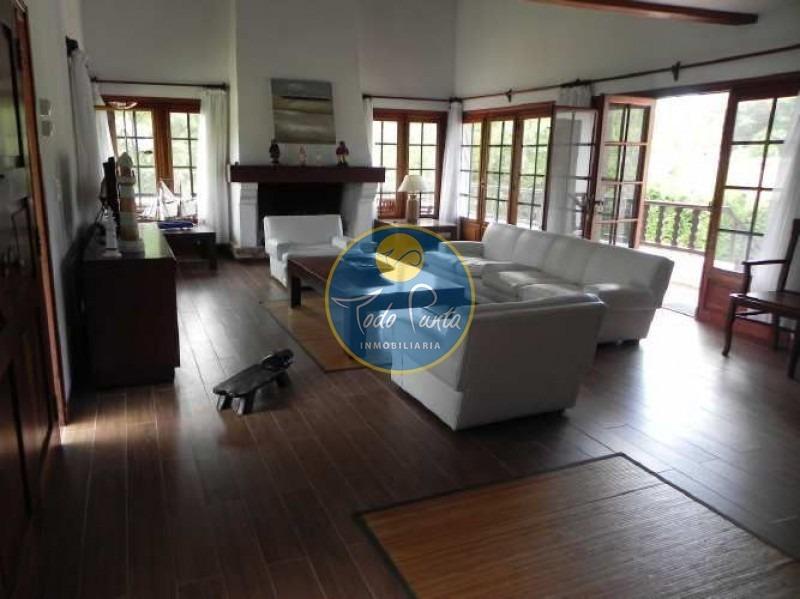 casa en golf, 6 dormitorios *- ref: 4405