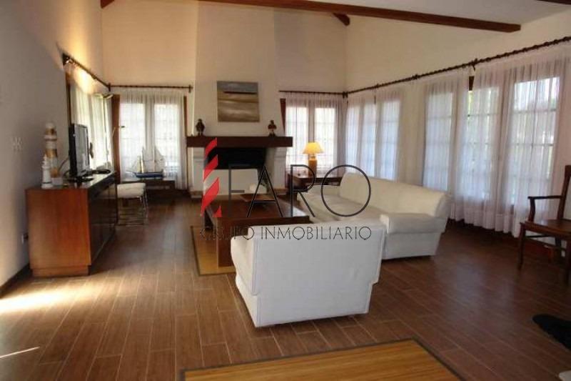 casa en golf, 6 dormitorios *-ref:32782