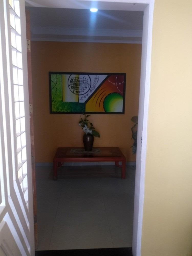 casa en guacara, la floresta. cod: foc-609