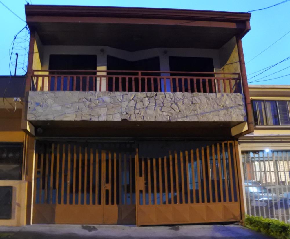 casa en guadalupe, cerca de moravia, coronado montereal