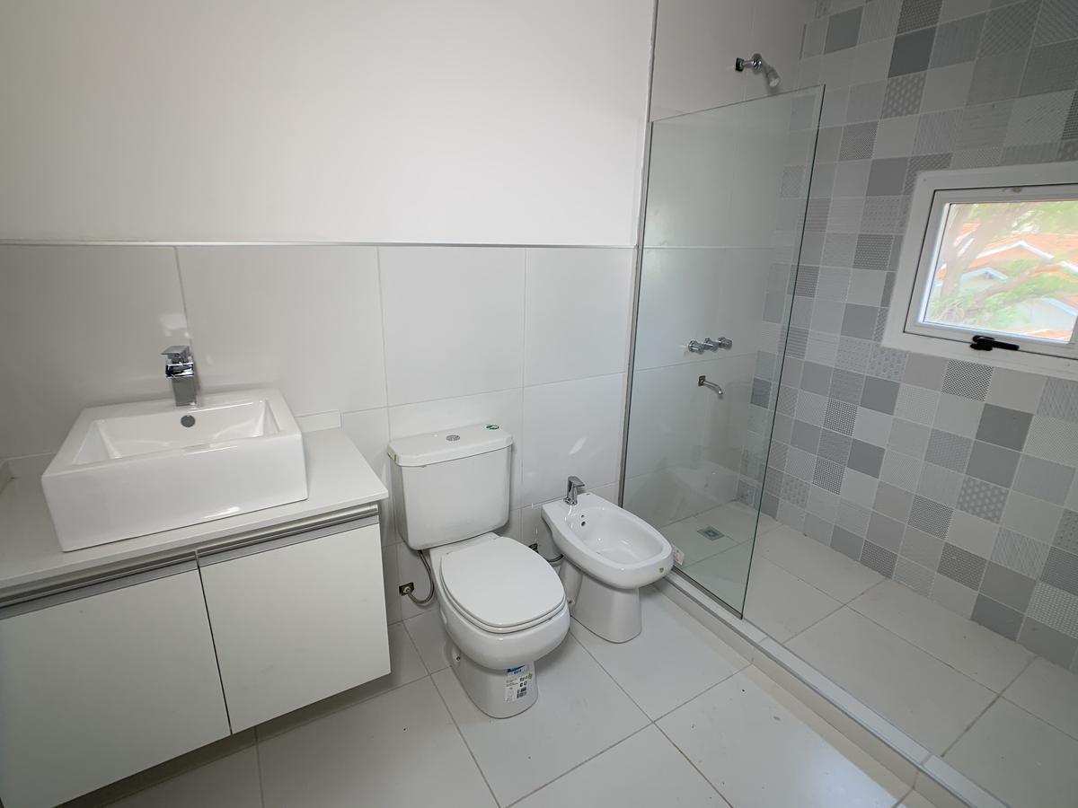 casa en housing a estrenar  - villa belgrano - la mejor zona!!