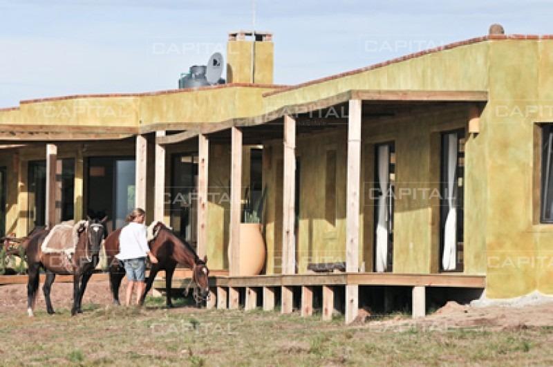 casa en josã© ignacio, 6 dormitorios *-ref:25877