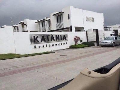 casa en katania zona norte de la ciudad