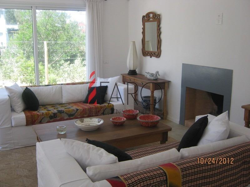 casa en la barra 4 dormitorios con parrillero-ref:33258