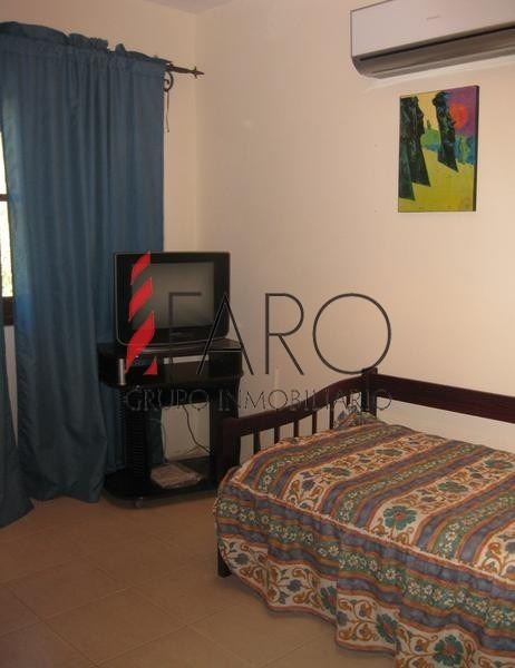 casa en la barra 4 dormitorios con parrillero y fondo-ref:33355