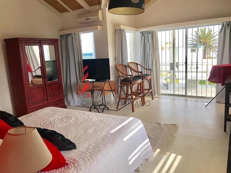 casa en la barra 4 dormitorios con piscina, parrillero y cochera-ref:32718