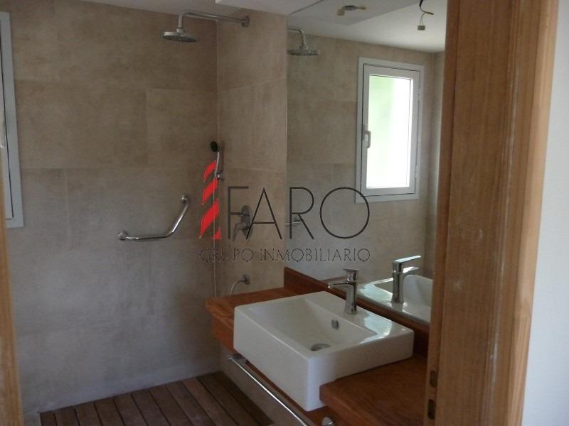 casa en la barra 4 dormitorios, piscina y parrillero-ref:36110