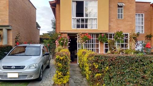 casa en la ceja con amplio jardin- venta